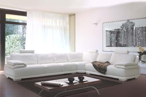 Arredi rocchetti roma divano in pelle angolo roma prati for Divano pelle usato roma