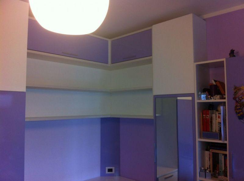 Arredi rocchetti roma armadio angolare con libreria e for Armadio studio